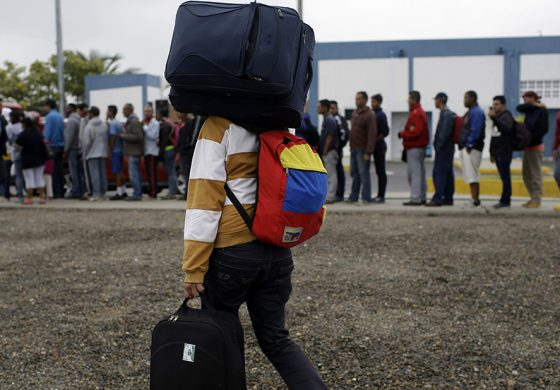 Smolansky: OEA contabiliza más de 4,6 millones de venezolanos que han salido huyendo del país
