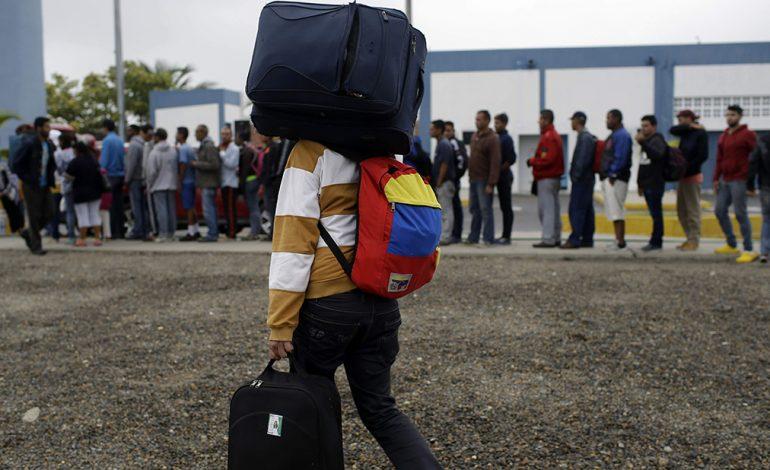 Colombia aboga por más coordinación con sus vecinos ante crisis venezolana