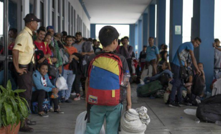 """360 venezolanos en Ecuador volverán al país mediante el plan """"Vuelta a la Patria"""""""