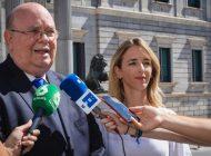Ecarri entregó informe sobre violación de los DDHH en Venezuela al Grupo Popular en el Congreso español