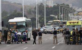 Policía de Élite de Brasil abatió al hombre que secuestró bus con rehenes