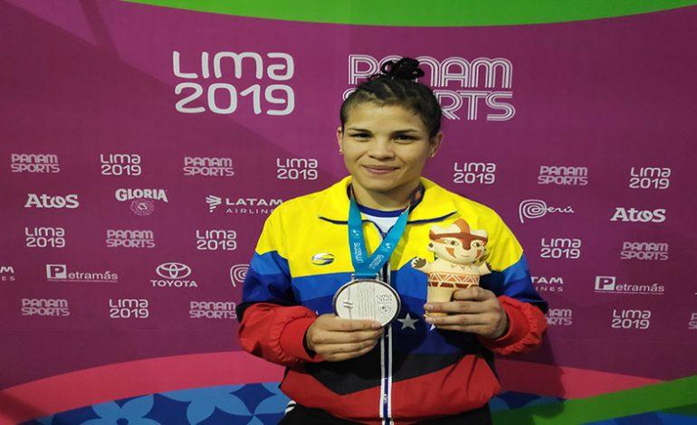 Los luchadores Argüello y Pérez sumaron medallas de plata para Venezuela