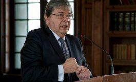 Presidente de Colombia nombra a su canciller como nuevo ministro de Defensa