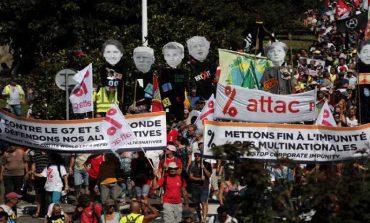 Miles marchan en frontera hispano-francesa en contra de la cumbre del G7