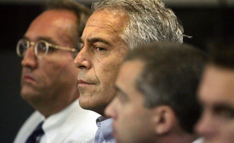 Confirman que Jeffrey  Epstein se suicidó