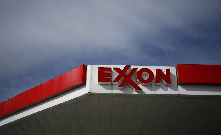 Exxon prohíbe el uso de cargueros ligados al petróleo venezolano en el último año