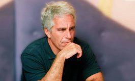 Forenses aseguraron que Epstein presentó fracturas en huesos del cuello