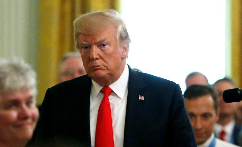 Trump abusó de su poder al presionar a Ucrania, según el primer informe del Comité de Inteligencia