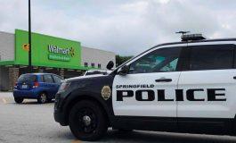 ¡Susto! Joven provocó caos al entrar armado y con chaleco antibalas a Walmart