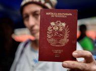 Creciente éxodo venezolano aviva temor a auge de xenofobia