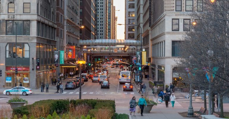 Cinco personas fueron asesinadas en varios tiroteos en Chicago