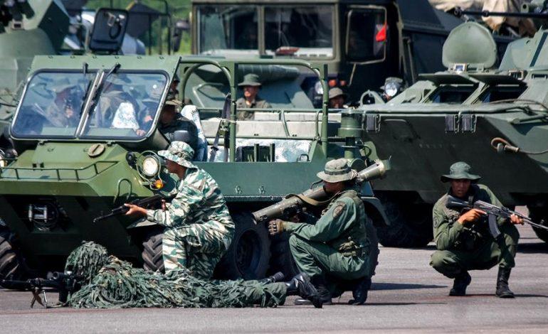 Régimen madurista despliega tropas, baterías antiaéreas, blindados y lanzacohetes en la frontera