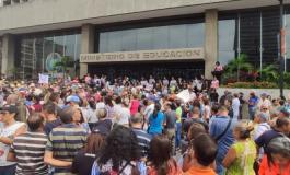Docentes venezolanos protestaron para exigir salarios dignos