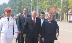 Diosdado Cabello continúa haciendo turismo revolucionario desde Vietnam