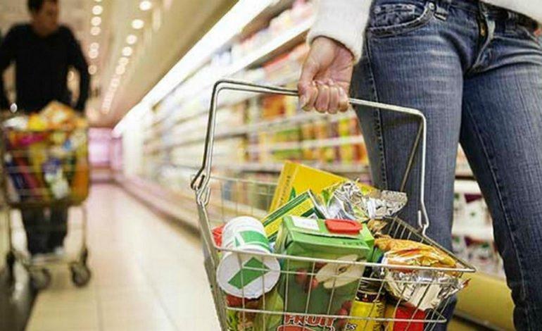 Una familia venezolana necesita de alrededor de 250 dólares para costear la Canasta Alimentaria