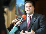 Diputado Casella escapa de las garras del chavismo al salir de la Embajada de México