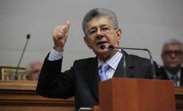 ¡Se quedó con las ganas! Allup quería debatir con parlamentarios del Psuv sobre crisis de Venezuela