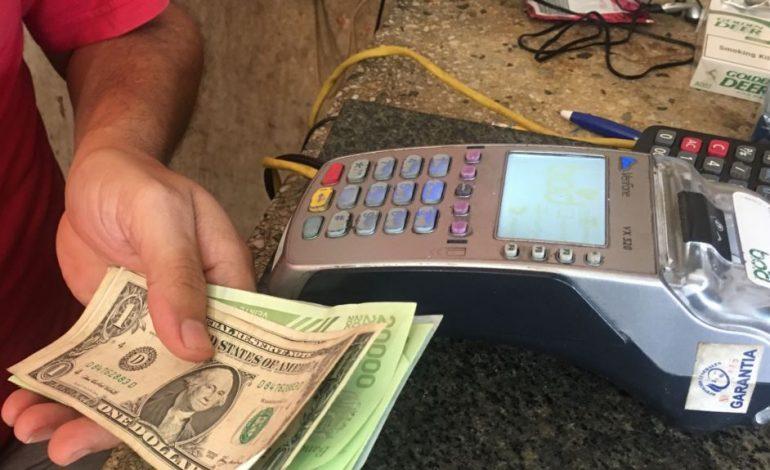 El dólar reina en Maracaibo, la segunda ciudad más poblada de Venezuela