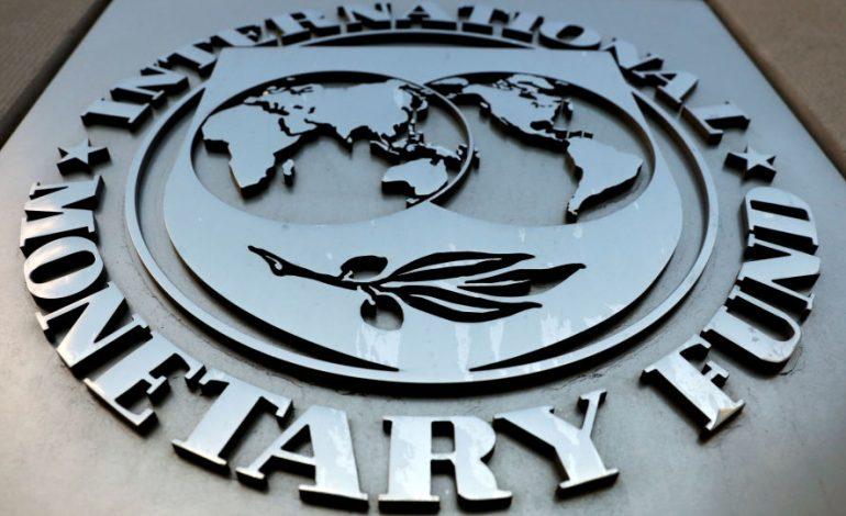 FMI dice que economía mundial podría caer 0,1 o 0,2 % por coronavirus
