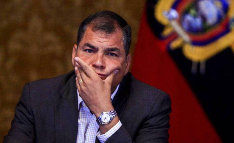 ¡Descaro! Correa pidió elecciones adelantadas en Ecuador y se ofreció como candidato