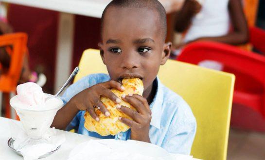 ¡Preocupante!Un tercio de los niños come mal en el mundo, según la Unicef