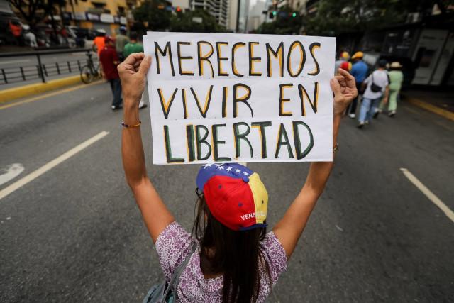 El venezolano cree en la política, por Joaquín Chaparro