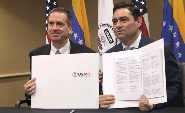 EEUU suscribió acuerdo de cooperación con Guaidó por $98 millones