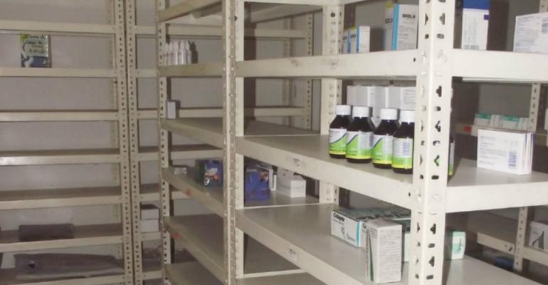 Fefarven: Escasez de medicinas en el país alcanza el 80%