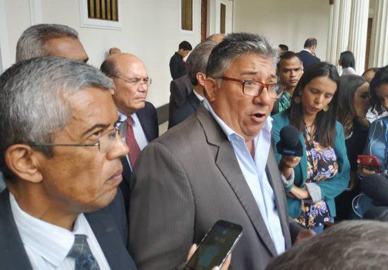 Sobre voto salvado de la Fracción Parlamentaria 16 de julio este 5 de noviembre, por José Luis Pirela