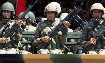 El Reino Unido suspende su venta de armas a Turquía