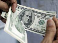 ¡Descaro! Maduro quiere cobrar impuestos a transacciones en dólares y euros