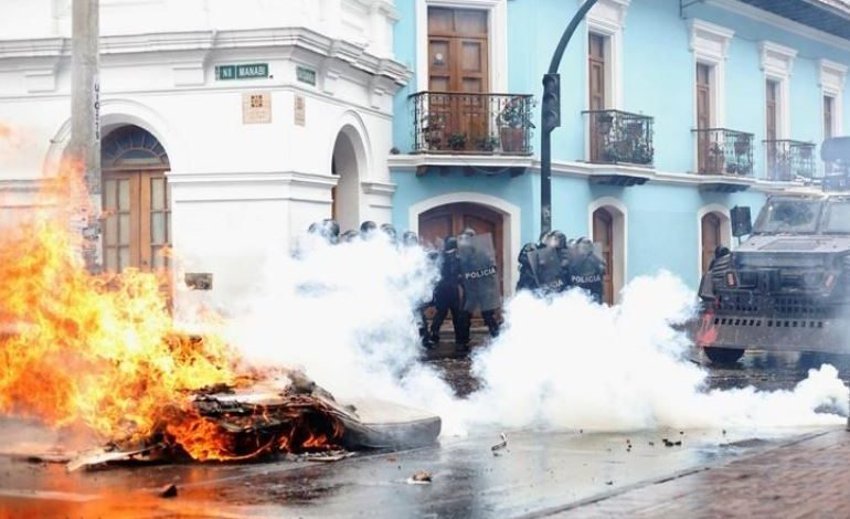 Ministra de Ecuador se disculpó por actuación policial en protestas