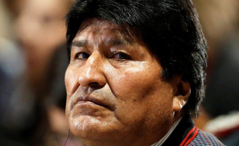 """Evo Morales acepta el asilo ofrecido por México """"por razones humanitarias"""""""
