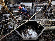 Producción venezolana de crudo está por debajo de los 400 mil BDP
