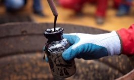 El gobierno intenta recuperar el Parlamento para salvaguardar negocios petroleros con Rusia
