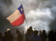 Chile expulsó a un venezolano por vaciar un camión de escombros en las protestas