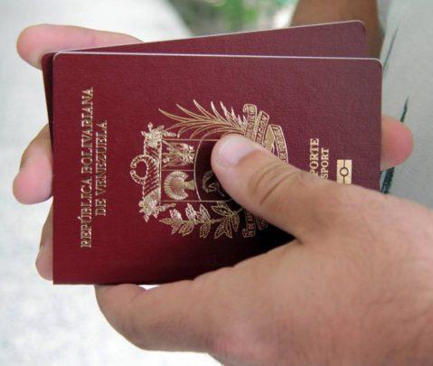 Panamá extiende validez de pasaportes venezolanos vencidos