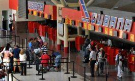 En aeropuertos de Cuba solo aceptarán divisas