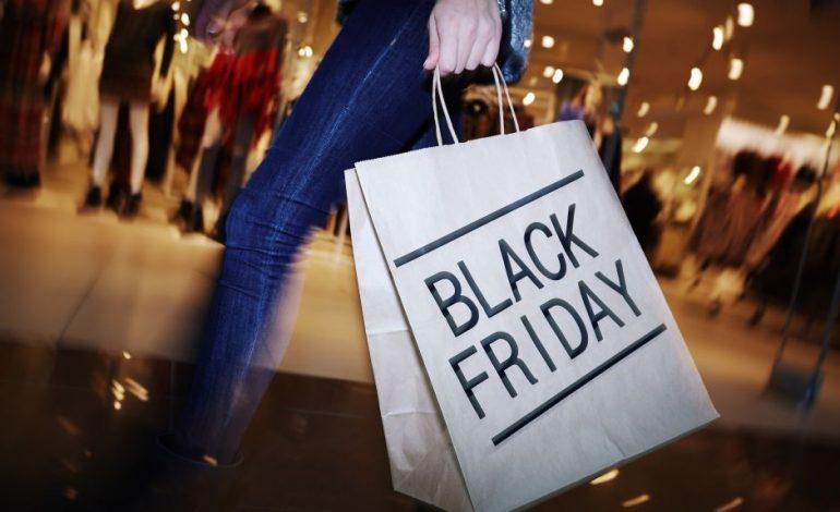 En Miami descuentos de hasta 75% causan furor por el Black Friday