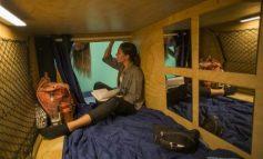 """Vivir en una cápsula: una opción """"barata"""" para jóvenes en Los Ángeles"""