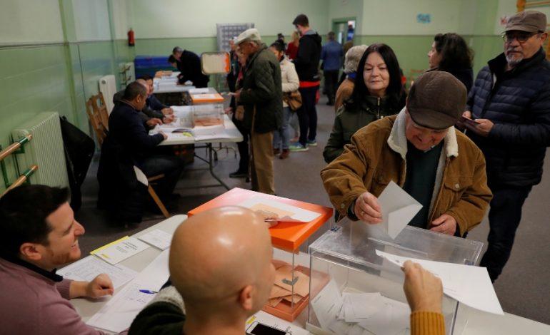 La participación en las elecciones generales en España caen más del 50%