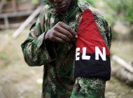 """ELN lamenta la muerte de """"Uriel"""" y acusa a Colombia de exhibirles como """"trofeos de guerra"""""""
