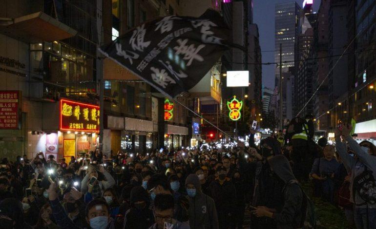 Hongkoneses cumplen seis meses en las calles exigiendo democracia