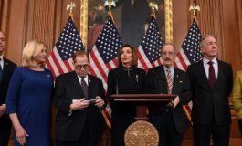 La Cámara Baja de EEUU aprueba iniciar el impeachment contra Trump bajo dos cargos