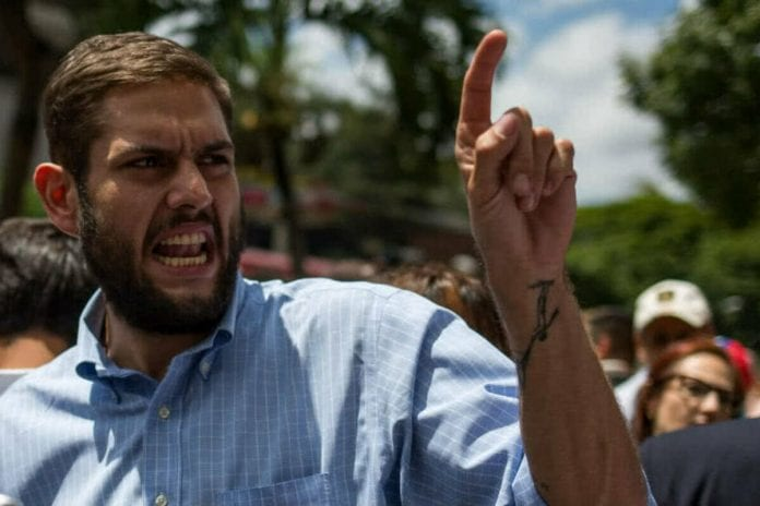 Diferida la audiencia de Juan Requesens para este jueves