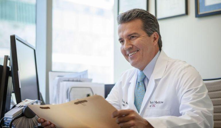 ¡Orgullo Venezolano! Doctor René Sotelo es reconocido entre los mejores urólogos de EEUU
