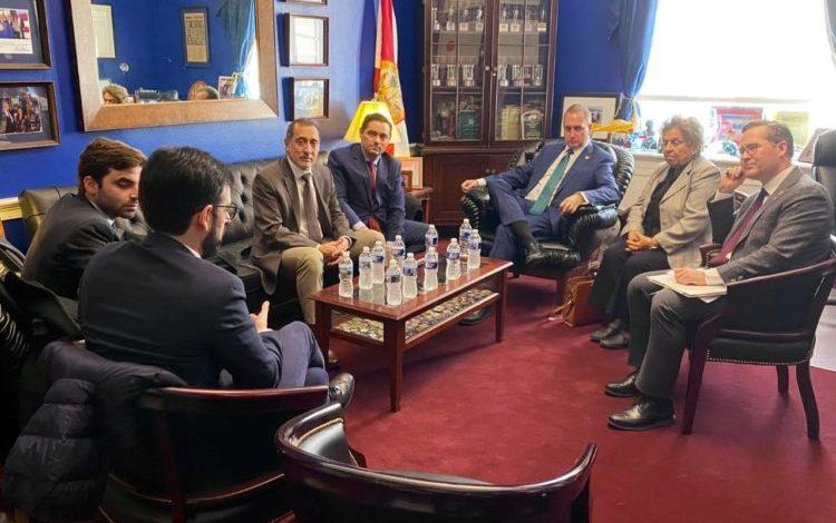 Vecchio denunció ante EEUU intento de magnicidio contra Guaidó, tras nuevo ataque de colectivos chavistas