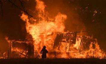 Australia eleva a 29 los fallecidos en voraces incendios