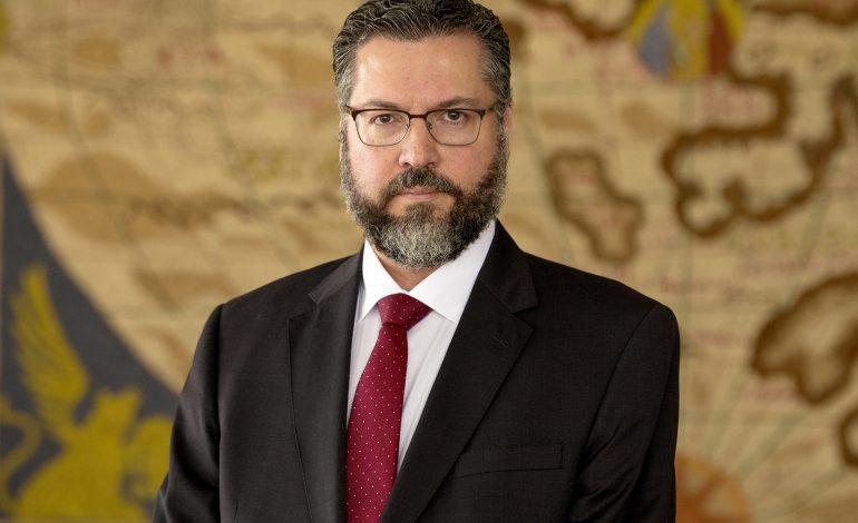 """Brasil abandona Celac por apoyo a países """"autoritarios"""" como Venezuela y Cuba"""