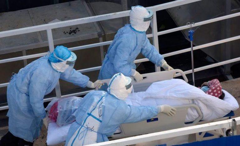 Muertes por coronavirus suman más de mil 600 en China